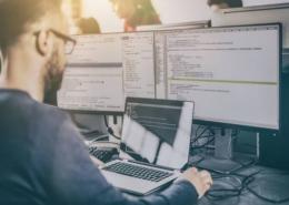 Cet article vous dépeint les applications qui marchent en fonction de votre logiciel RVI. En voici une petite liste pour vous aider.