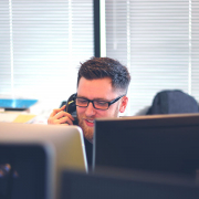 L'ACD est un dispositif moderne qui permet la distribution efficiente d'appels parmi les téléconseillers disponibles. Apprenez en davantage.